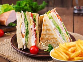 Serres Delivery Mamma`s Pizza Club sandwich Γαλοπούλα