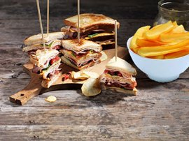 Serres Delivery Mamma`s Pizza Club Sandwich Μπιφτέκι