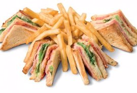 Serres Delivery Masiseto Club Sandwich Κλασσικό
