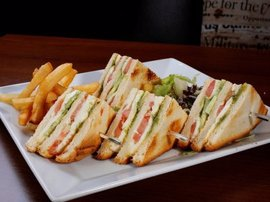 Serres Delivery Masiseto Club Sandwich Τυριών